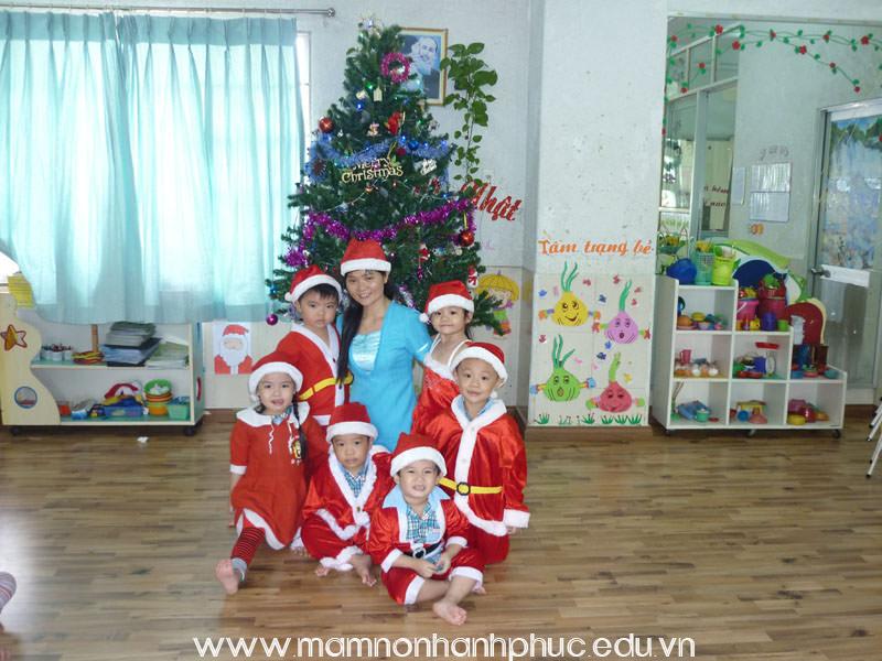Kế hoạch tháng 12: Vui chơi Noel