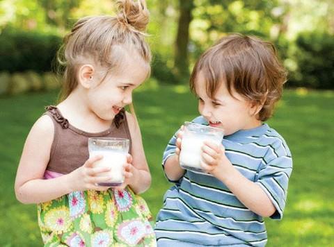 Tư vấn bé 3 tuổi suy dinh dưỡng