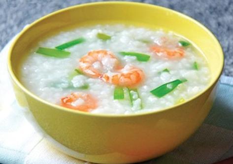 Cháo tôm với dừa xiêm: món ăn giúp trẻ phát triển chiều cao